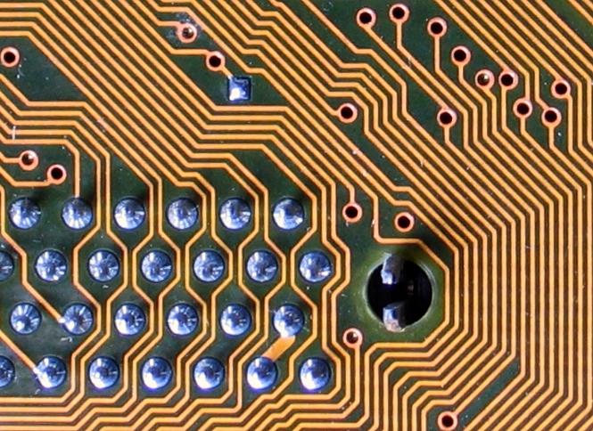 """labyrinthine circuit board lines"" von quapan"